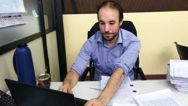Dr. César Molina