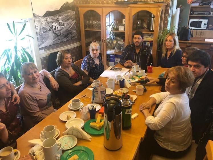reunion con antiguos pobladores